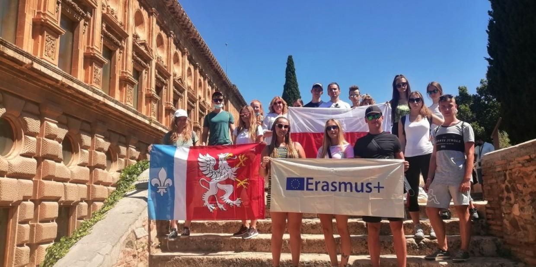 Młodzież ze szkoły w Pustkowie-Osiedlu szkoli się w Hiszpanii